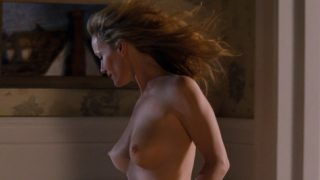 "Leslie Mann Nude ""Change-Up"" 2011"