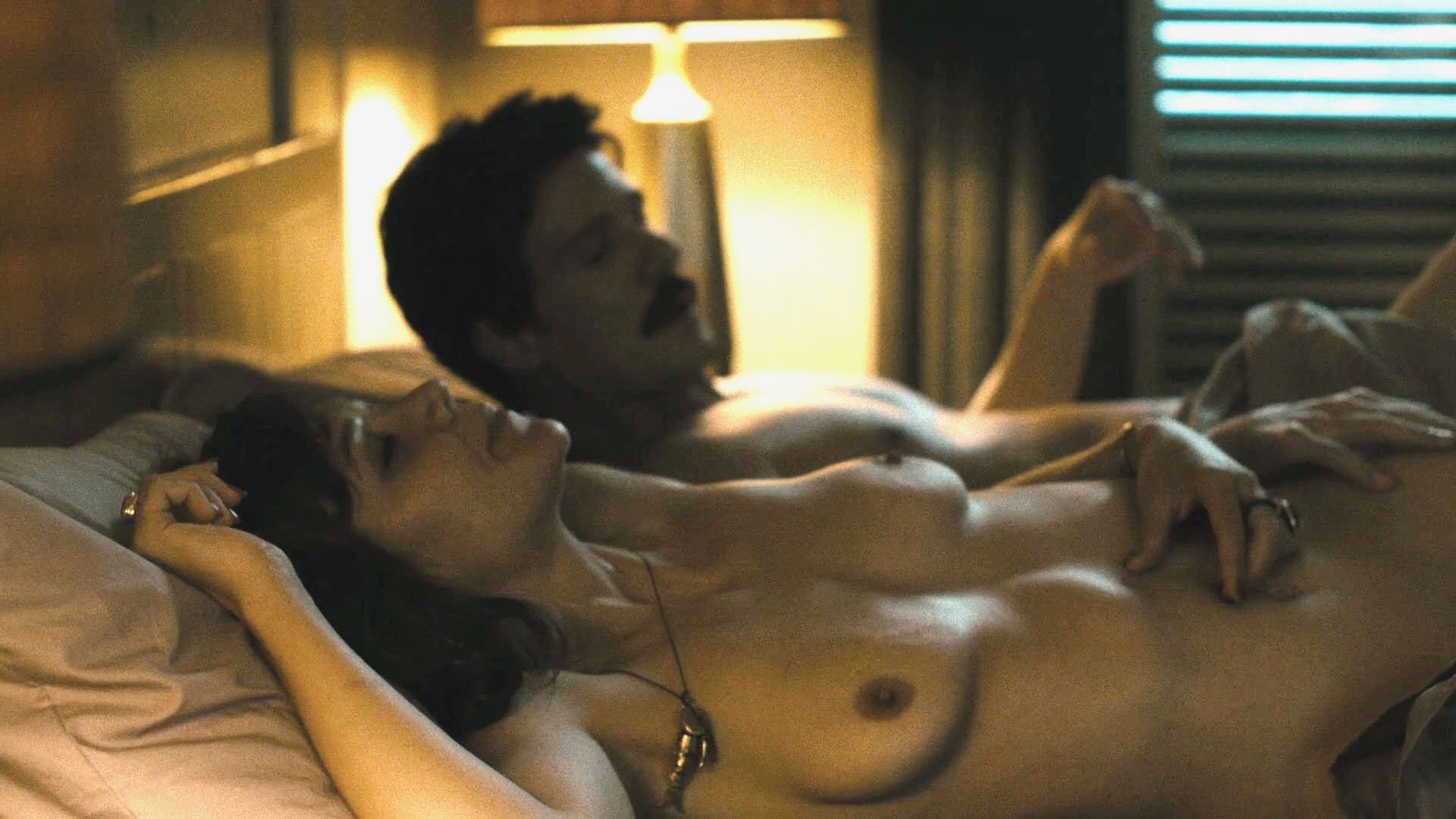 Maggie gyllenhaal nude photo video porn images