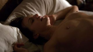 "Elisabeth Moss Nude ""Top of the Lake"" 2017"